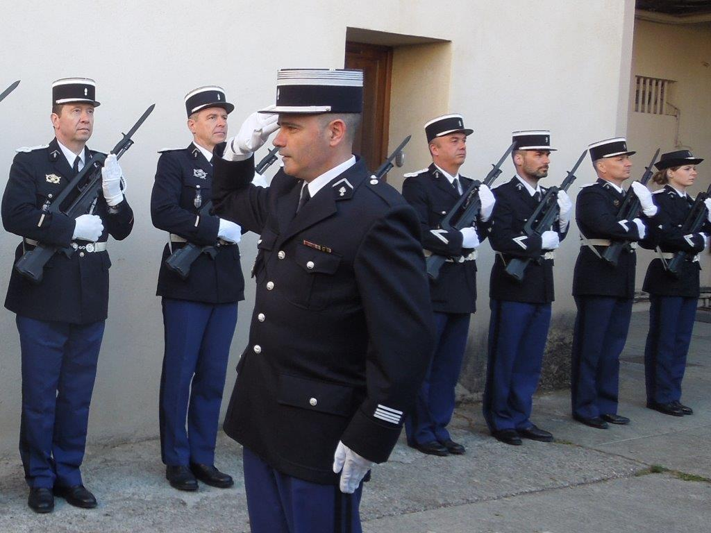 Inspection de gendarmerie la compagnie de pertuis g s for Gendarmerie interieur
