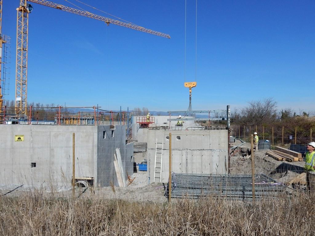 Visite des travaux de la future station d 39 puration de - Architecte pertuis ...